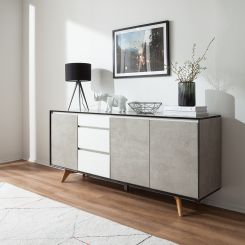 langes sideboard trendy das lange sideboard mit dem raumteiler welcher den hell und luftig. Black Bedroom Furniture Sets. Home Design Ideas