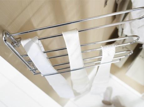 home24 Krawatten und Guertelhalter | Flur & Diele > Garderoben > Kleiderbügel | Silber | Metall | fresh to go