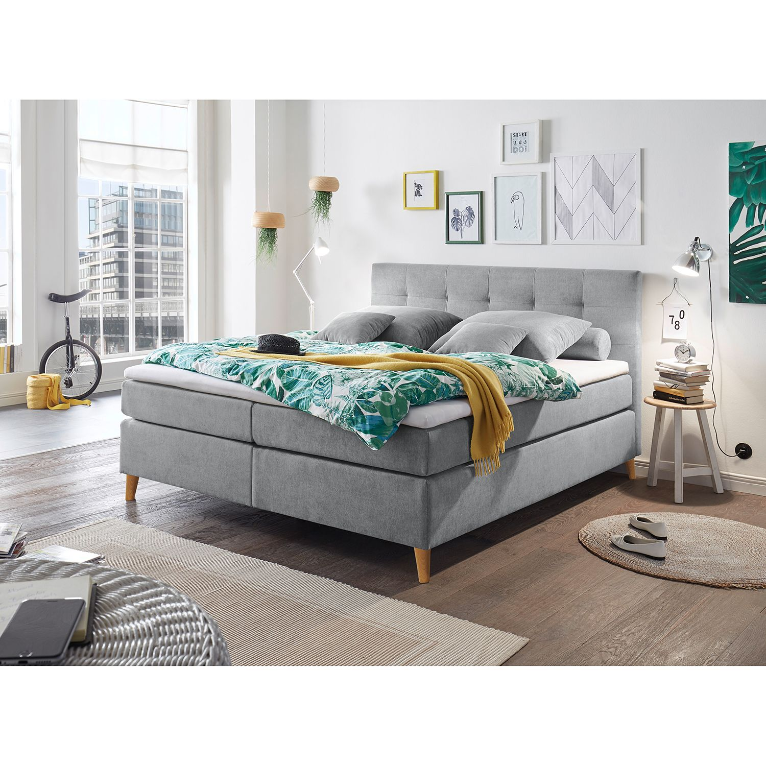 Lit Boxspring Campile
