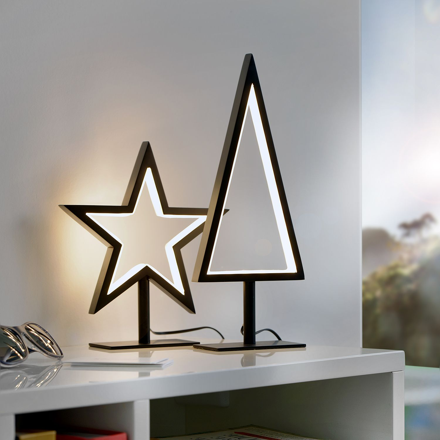 home24 LED-Tischleuchte Lucy II
