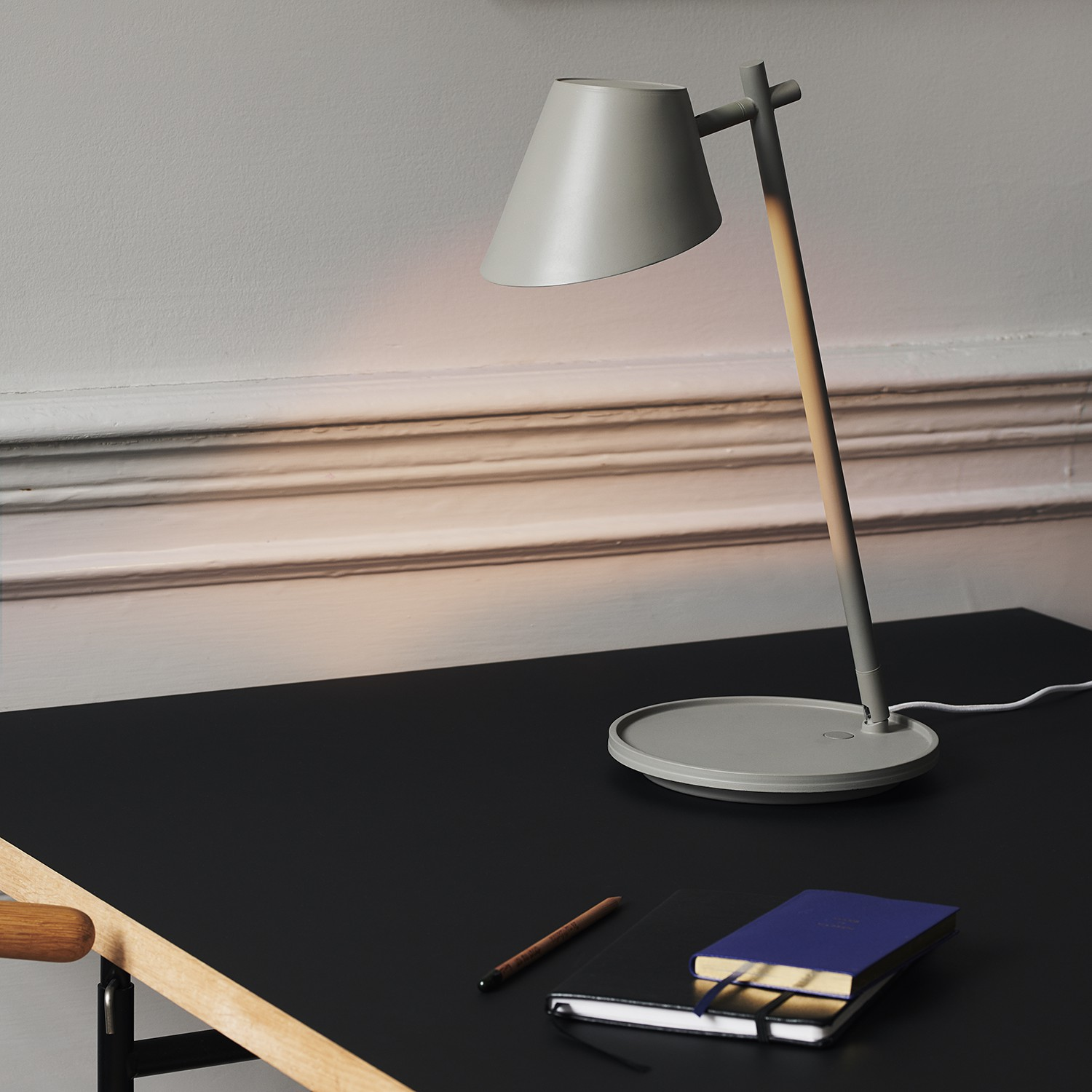 home24 LED-Tischleuchte Stay