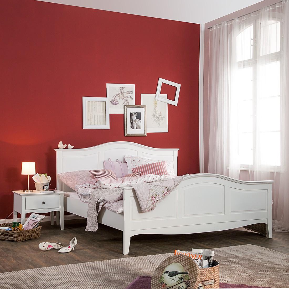 Bett aus der Serie Giselle in Weiß (140 x 200 cm)   home24