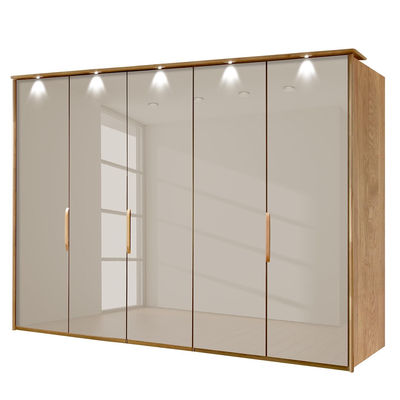 goedkoop energie A+ Kledingkast Torino deels massief eikenhout Met verlichting 250cm 5 deurs Saharakleurig Met verlichte Passe partout lijst Wiemann