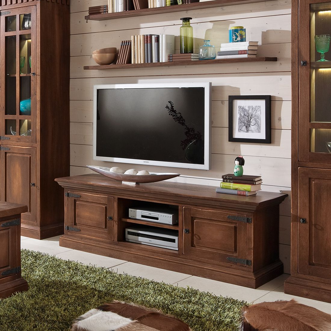 tv lowboard landhaus cool tv mbel landhaus wei. Black Bedroom Furniture Sets. Home Design Ideas